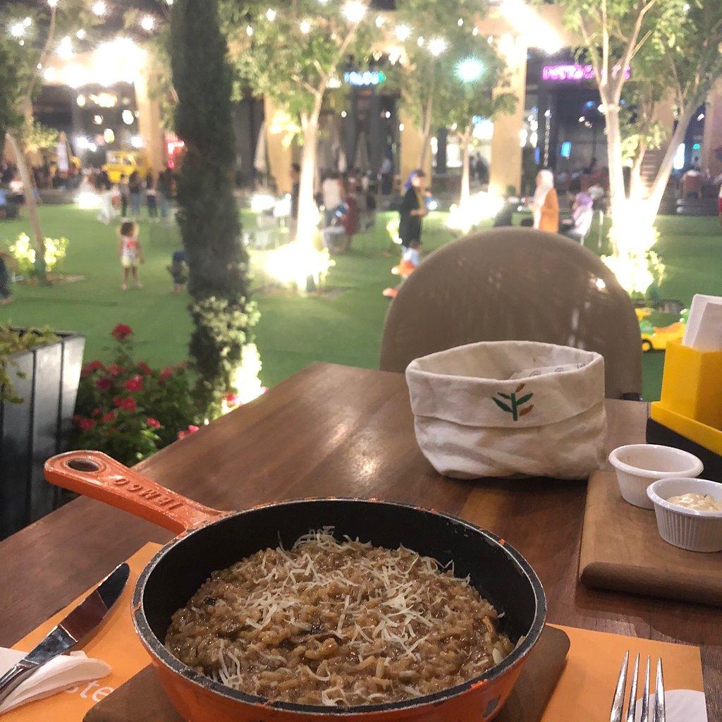 مطعم أوليفيتو الايطالي بالقاهرة