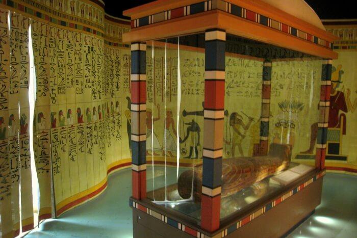 المتحف المصري Guided-tour-of-Egypt