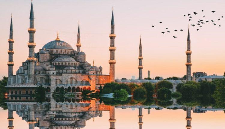 السياحة في تركيا للشباب