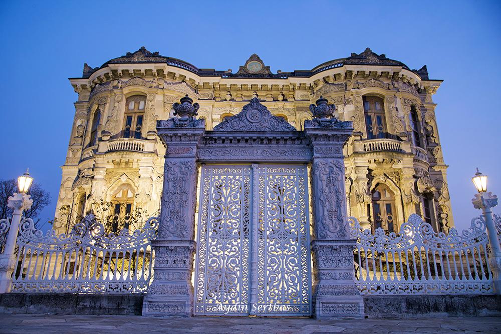 قصور تاريخية في اسطنبول